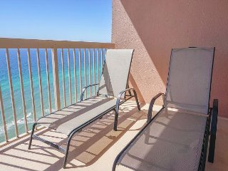 UNIT 2504 OPEN 4/1-8 NOW ONLY $1699 TOTAL  FREE BEACH SERVICE TOO!