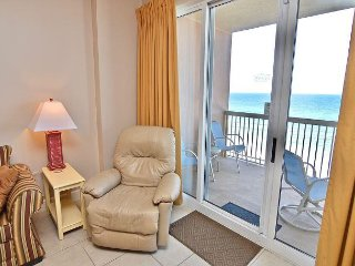 UNIT 810 SPRING 3 NITE STAYS ONLY $899 TOTAL  FREE BEACH SERVICE TOO!