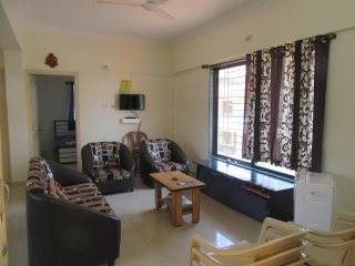 Reena Cottage: Gorgeous, cozy entire 2BHK Apt.5min drive to ShrivrdhnBeach India