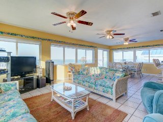 Oceanfront getaway with sweeping beach views and plenty of room for everyone!, Daytona Beach