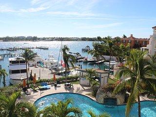 Luxury Paradise Island Condo with Ocean Views!