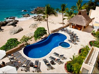 6 BR Gorgeous ocean front house in Conchas Chinas , unbeatable accomodation!, Puerto Vallarta