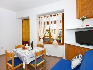 A1 best Location In Vodice Apartment
