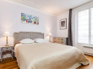 55. COSY 2BR IN THE 6TH - STEPS FROM LE BON MARCHÉ AND LUXEMBOURG GARDENS