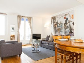 41. QUAINT 2BR FLAT IN THE HEART OF SAINT GERMAIN - STEPS FROM ODEON
