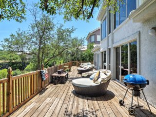 Waterfront Lake Travis Luxury Home w/ Large Deck!