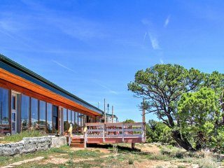 NEW! 'Earth Ship' Cliffside 2BR Glade Park Home!
