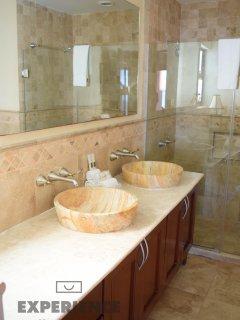 Master Bathroom - Double Vasin