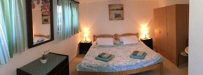 H(6+1): bedroom