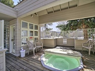 New! Centrally Located 2BR Frisco Condo w/ Deck!