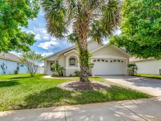 Cozy 4 BR 3 bath home w/ private pool and gameroom 5 miles to Disney from $133nt