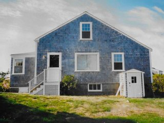 Charming room in Nantucket available