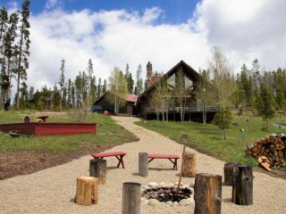 Stillwater Trails Chalet (215939 - 1022)