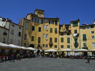 Lucca, Amphiteatro