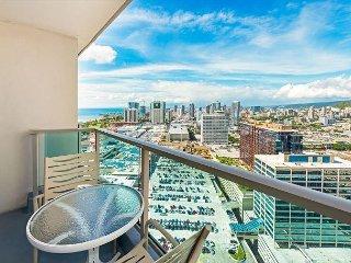Ala Moana Hotel King Studio with Gorgeous Ocean and Mountain Views!