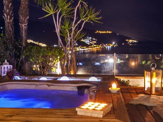VILLA ZAGARA TAORMINA - Swimming pool & Jacuzzi  - Sea view - Garden and Terrace
