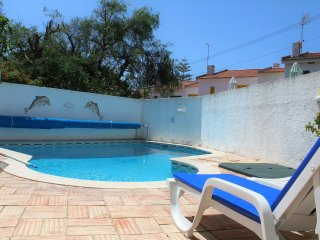 2 Bedroom Townhouse with pool by Luz beach