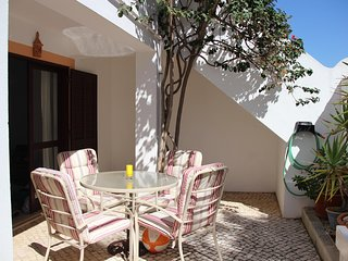 Excellent apartment ideal for families & couples