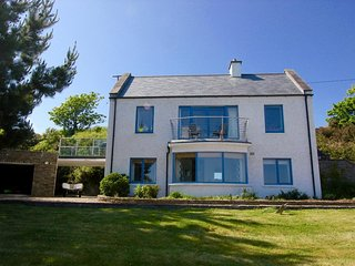 Stunning seafront property in a magnificent location on the West Cork coastline.