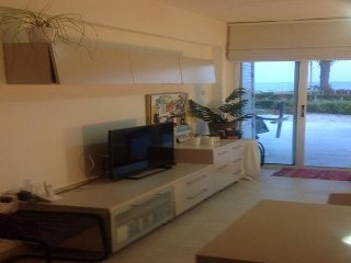 Truly lovely flat in the most amazing location on the beach in Meneou