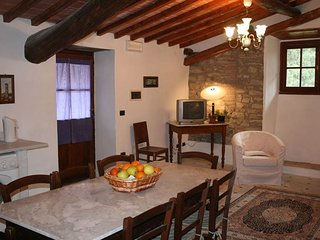 5 bedroom Apartment in San Polo in Chianti, Tuscany, Italy : ref 5241331