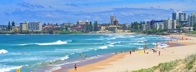 Cronulla's famous surf beach is just 4km away.
