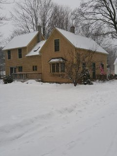 winter side/back exterior picture