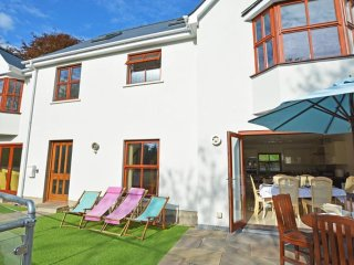 Hafan Dawel - Spacious home with central location between Wisemans Bridge, Saundersfoot, and Tenby