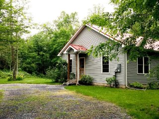Summerfield Cottage, Berkeley Springs