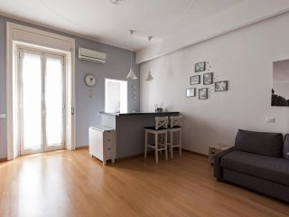 LOVELY FLAT NEAR FASHION DISTRICT AND SUBWAY