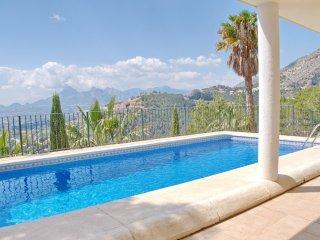 Villa impresionante en Altea Hills, Alicante con piscina y jardin privado