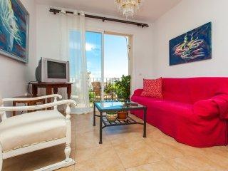 Luminoso piso para 4 pers. con parking y terraza en la Villa de LLucmajor.