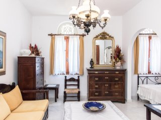 Luxurius 2 Floor Residence, Pyrgos Village
