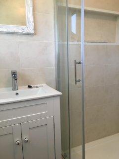 Lovely sized shower