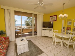 Beach Club 202D ~ 1 bed~ Direct Gulf Front ~ Sleeps 6 ~ Great Amenities