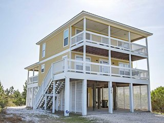 5 BR ~ Beach Access ~ Pool/Tennis Court Access ~ Sleeps 11 ~ Sundance Beach Hous