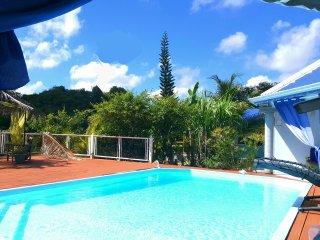 2 Grandes chambres d'hotes de charmes piscine au Gosier / table d'hotes Creole