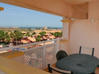 Penthouse apartment, roof terrace, sea view, free wifi, communal pool