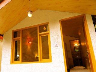 PeoPle Cottages (Riverside)