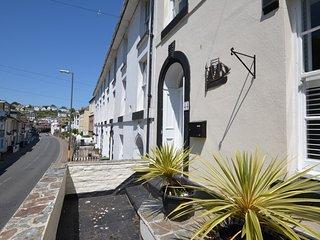 48830 House in Brixham