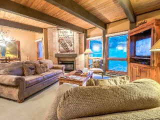 Luxury Ski Condo Next To Steamboat Gondola