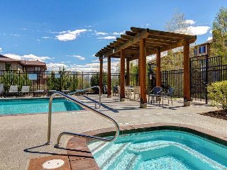 Warm Mountain Condo in Bear Hollow – Near Park City Mountain Resort
