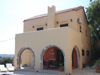 Villa Ariadne (B) Crete