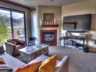 "Minutes from Deer Valley Gondola! 65"" 3-D HDTV with Personal Fire Place! 3 Hot"