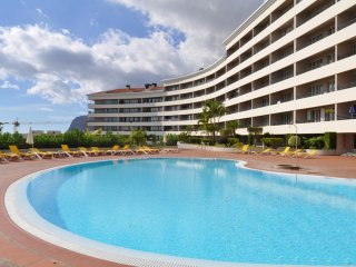 Funchal T3 Luxury apartment with Pool - 2 to 6 Prs