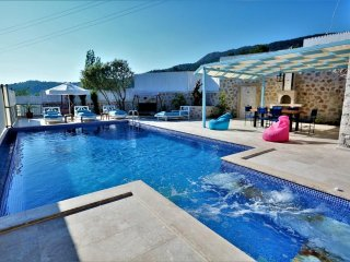 2 Bedroom Luxury Private Pool Villa Rental Kalkan With Jacuzzi and Seaview