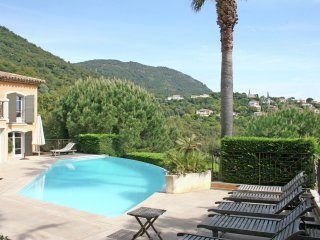 Villa Darius - Luxury detached villa with heated private pool and beautiful