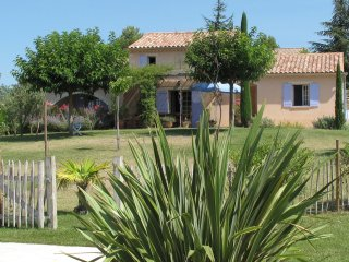 villa Fourniguieres - Detached villa situated between the vineyards and views
