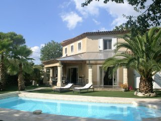 Mouans-Sartoux - Comfortable, modern villa with private swimming pool, near