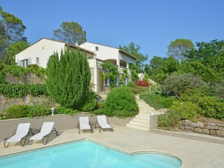 Villa Royale - Superb spacious villa with large terraces and lovely pool near the sea, Tourrettes